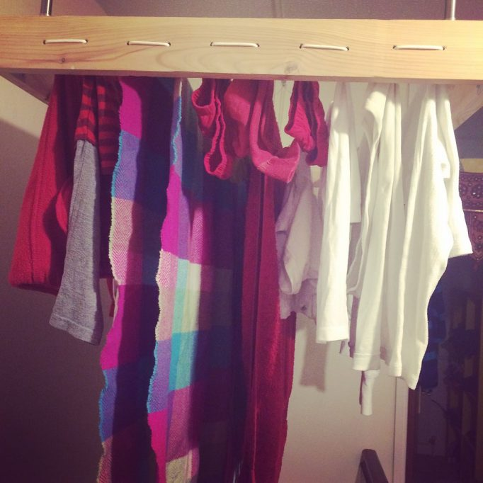 clothes drying hoist